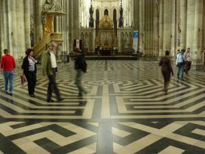 Boden-Labyrinth in der Kathedrale von Amiens, Frankreich,