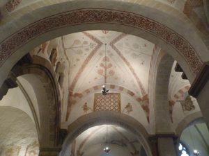 Die romanischen Kalkmalereien in der Stiepeler Dorfkirche hier mit Darstellung der Paradiesflüsse und der Lebensbäume