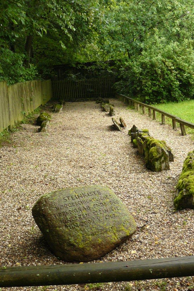 Die Steinkiste, ein Megalithengrab in Soest aus der Trichterbecherkultur, ca. 3.000 v.Chr.