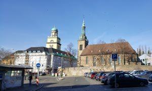 Das Wittener Zentrum mit Rathaus und der Johanniskirche